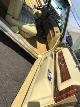 1976 Cadillac Eldorado Convertible C1356-Int 61.jpg