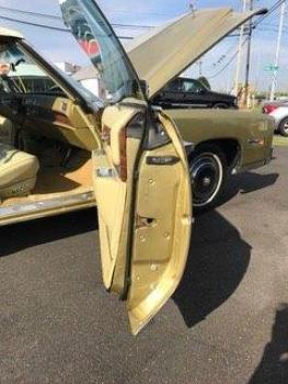 1976 Cadillac Eldorado Convertible C1356-Int 62.jpg
