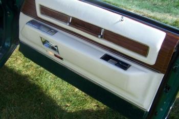 1976 Cadillac Eldorado Convertible C1357-Int 19.jpg